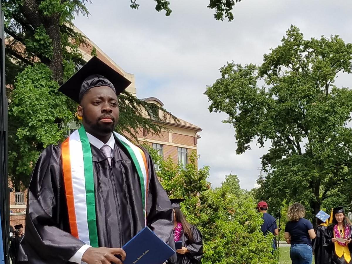 Photo of Nigerian student at graduation ceremony